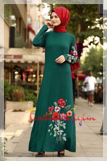 çiçekli yeşil tesettür elbise