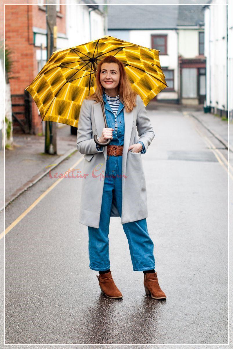 yağmurlu havalar için kot tulum