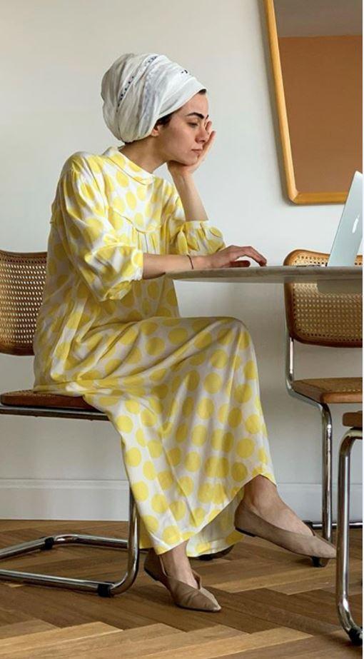 Puanlı Sarı Tesettür Elbise