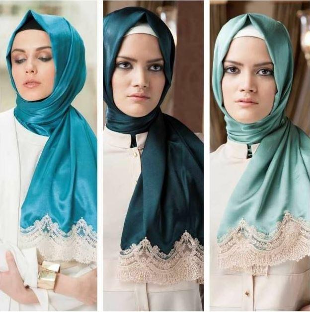 Turkuaz Mavi Şal Beyaz Elbise