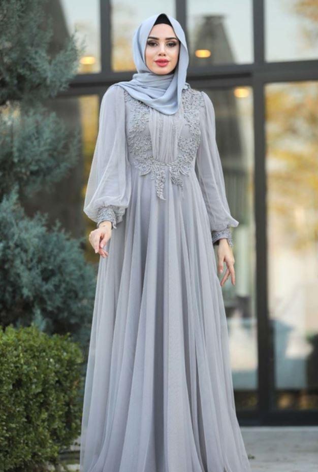 Boncuk İşlemeli Gri Tesettür Elbise