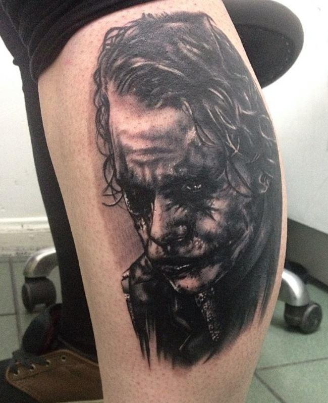 Joker Büyük Bacak Dövme