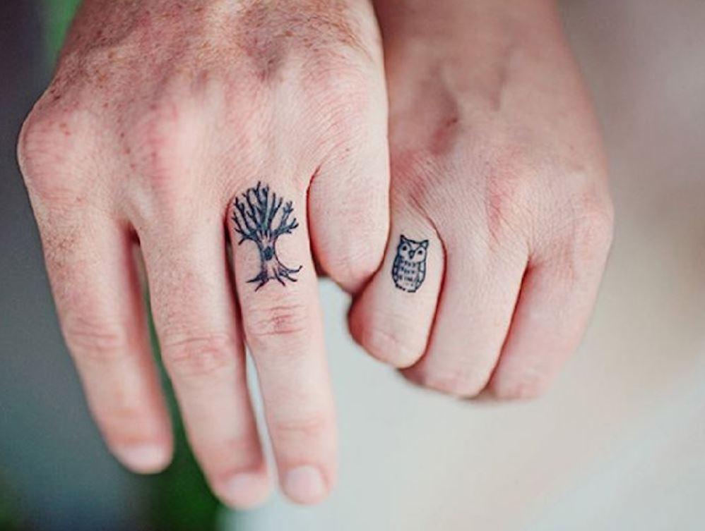 Parmak Üstü Küçük Dövme