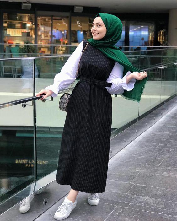 tesettür siyah elbise modeli
