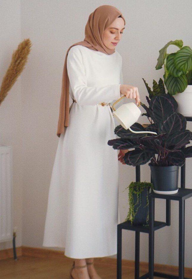 Beyaz Elbise Kombini Aslı Afşaroğlu