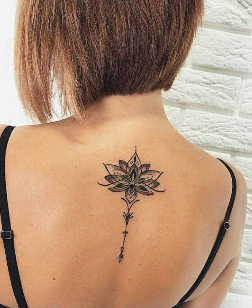 Kadın Boyun Altı Lotus Çiçeği