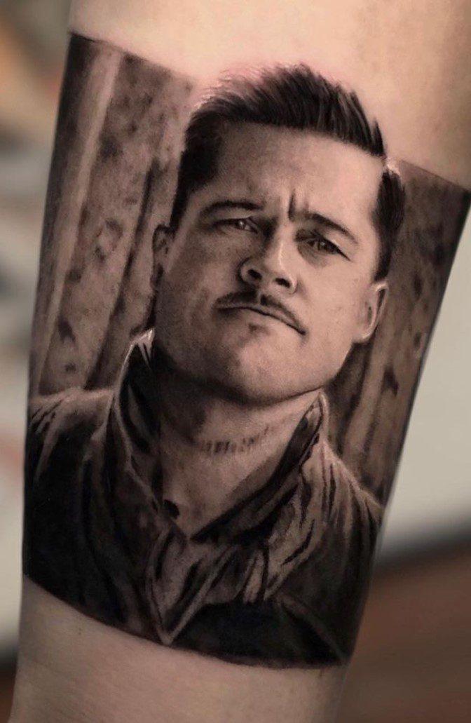 Soysuzlar Çetesi Brad Pitt Dövmesi