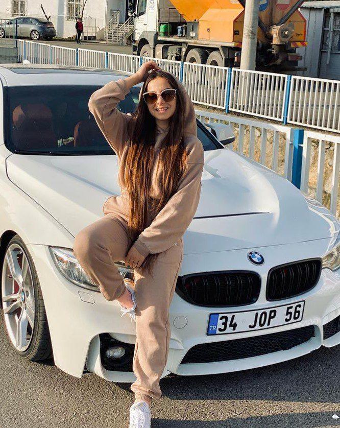 Asena Kızılarslan BMW Arabası