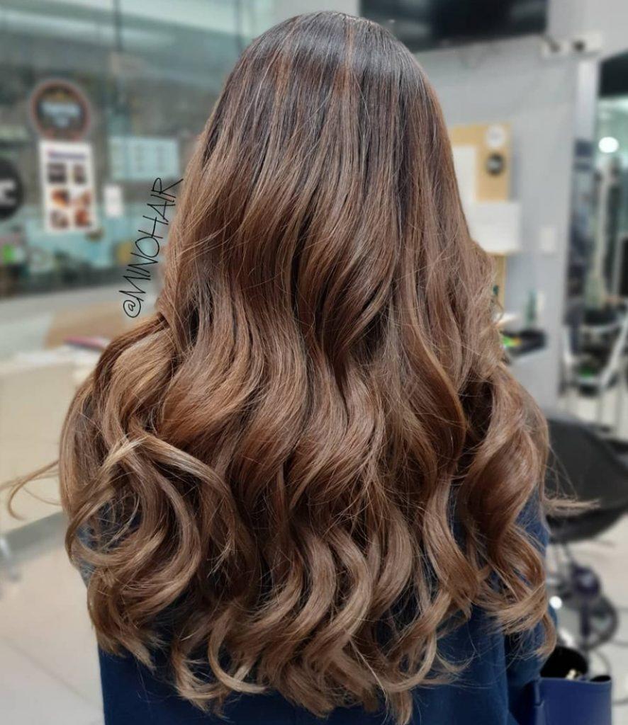Açık Saça Fındık Kabuğu Saç Boyası Uygulaması