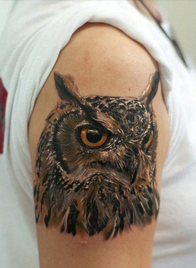 Kol Baykuş başı dövmesi