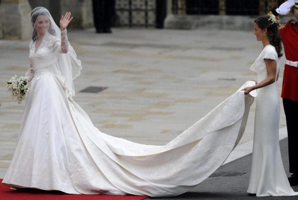 Kate Middleton Uzun Kuyruklu Gelinlik