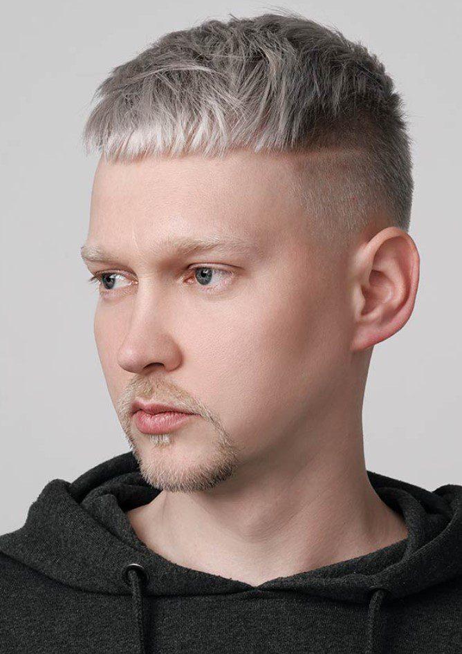 Yanlar Kısa Amerikan Saç Kesimi