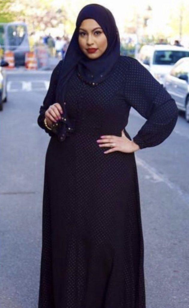 Tesettürlü Büyük Beden Kadınlar için Siyah Kombin