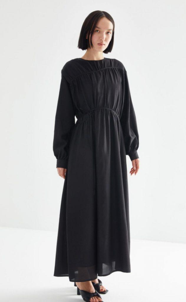 Kevser Sarıoğlu Tesettür Elbise Modeli