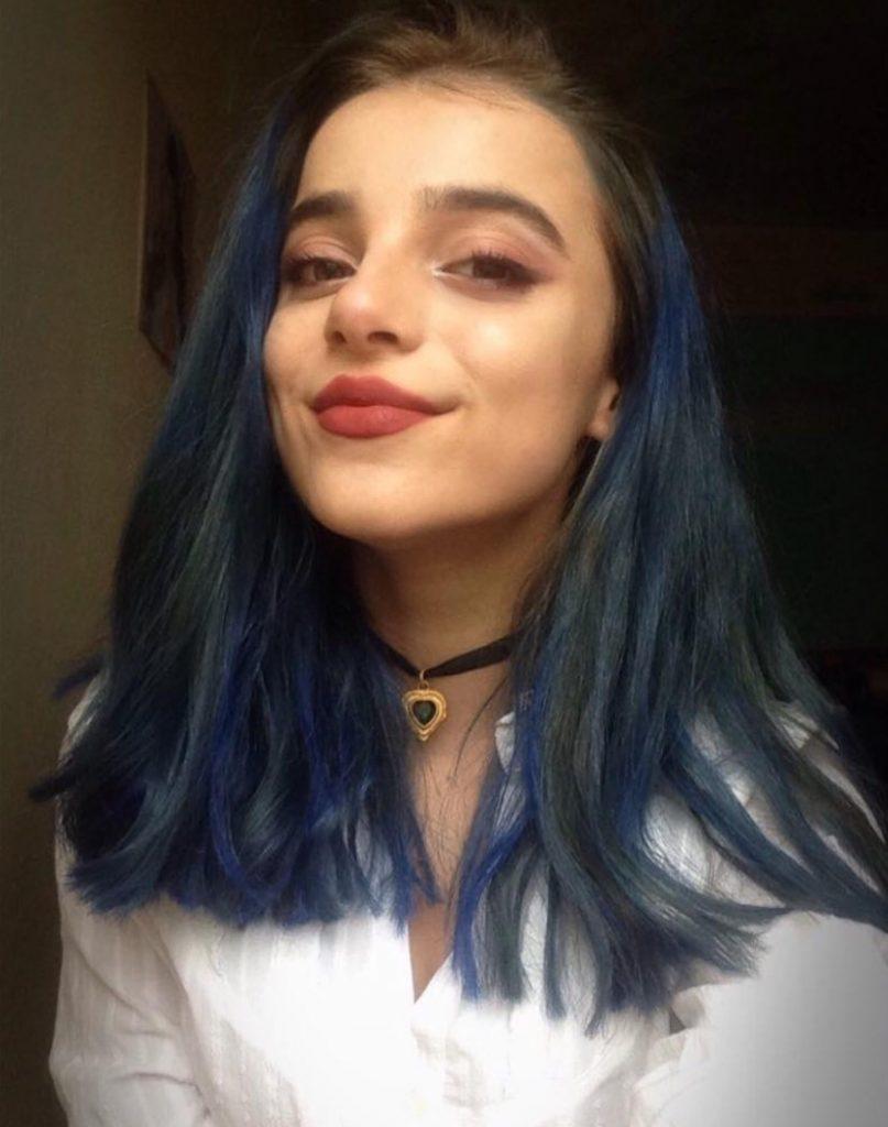 Semiraminta Tiktok Mavi Saçı