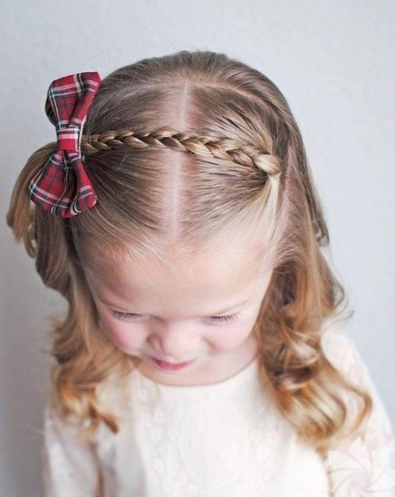 Kız Kısa Örgü Saç modeli